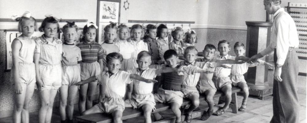 1953-058.jpg