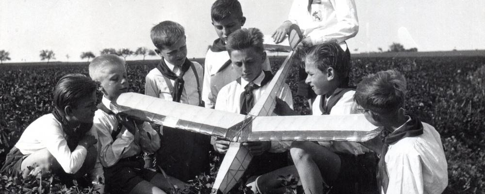 1958- 071.jpg
