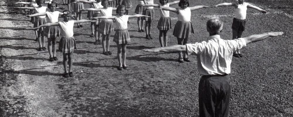1960 nácvik na spartakiádu    079.jpg