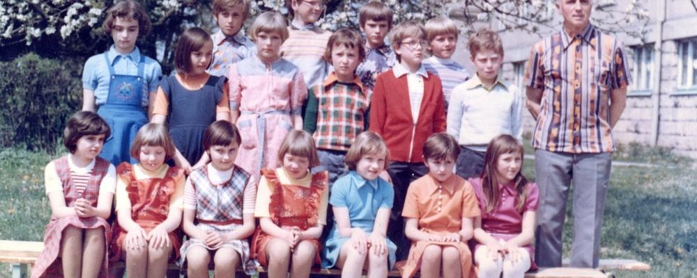 1978-9 ZDŠ Hlušice,čtvrtá třída  120.jpg