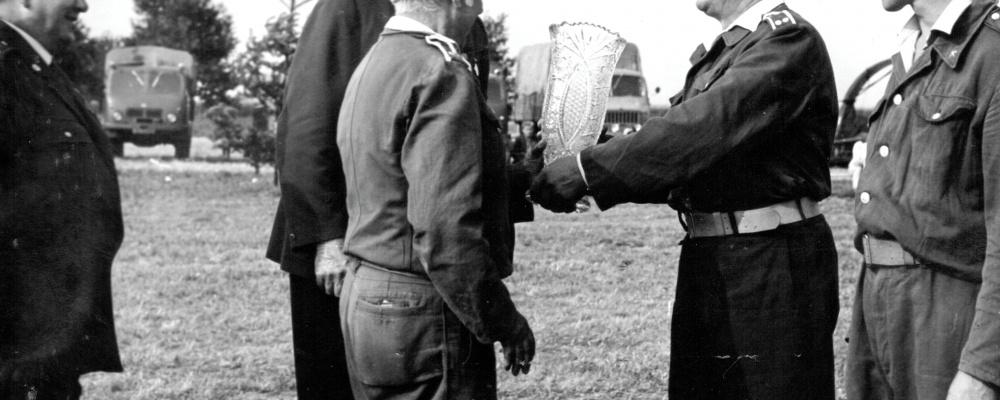 1975,velitel Vaníček  145.jpg